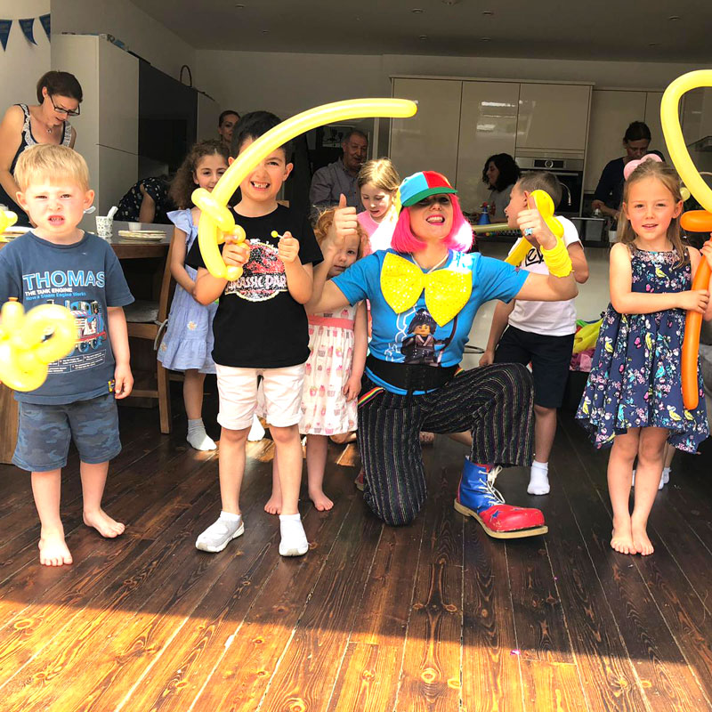 clown for kids party entertainment